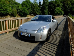 350Z on the Wooden Bridge